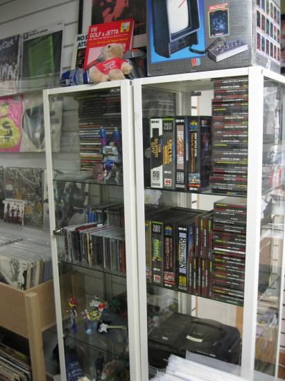 entertainment world shop 14