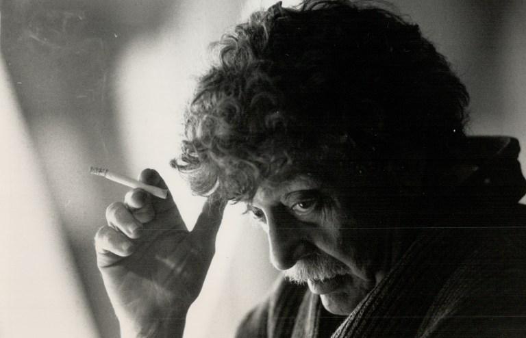 Kurt Vonnegut (Fotoğraf: Mike Slaughter, Toronto Star/Getty Images)