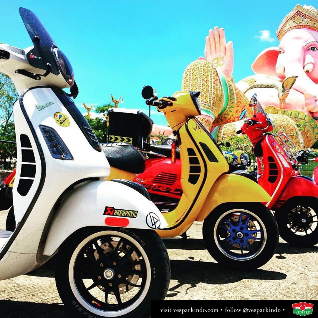 Spotted colorful world of Vespa GTS by @eazycustomshop
