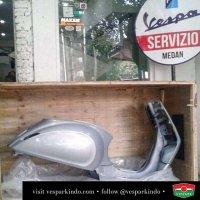 Check out our display metal Vespa original frame! Vespa monocoque body