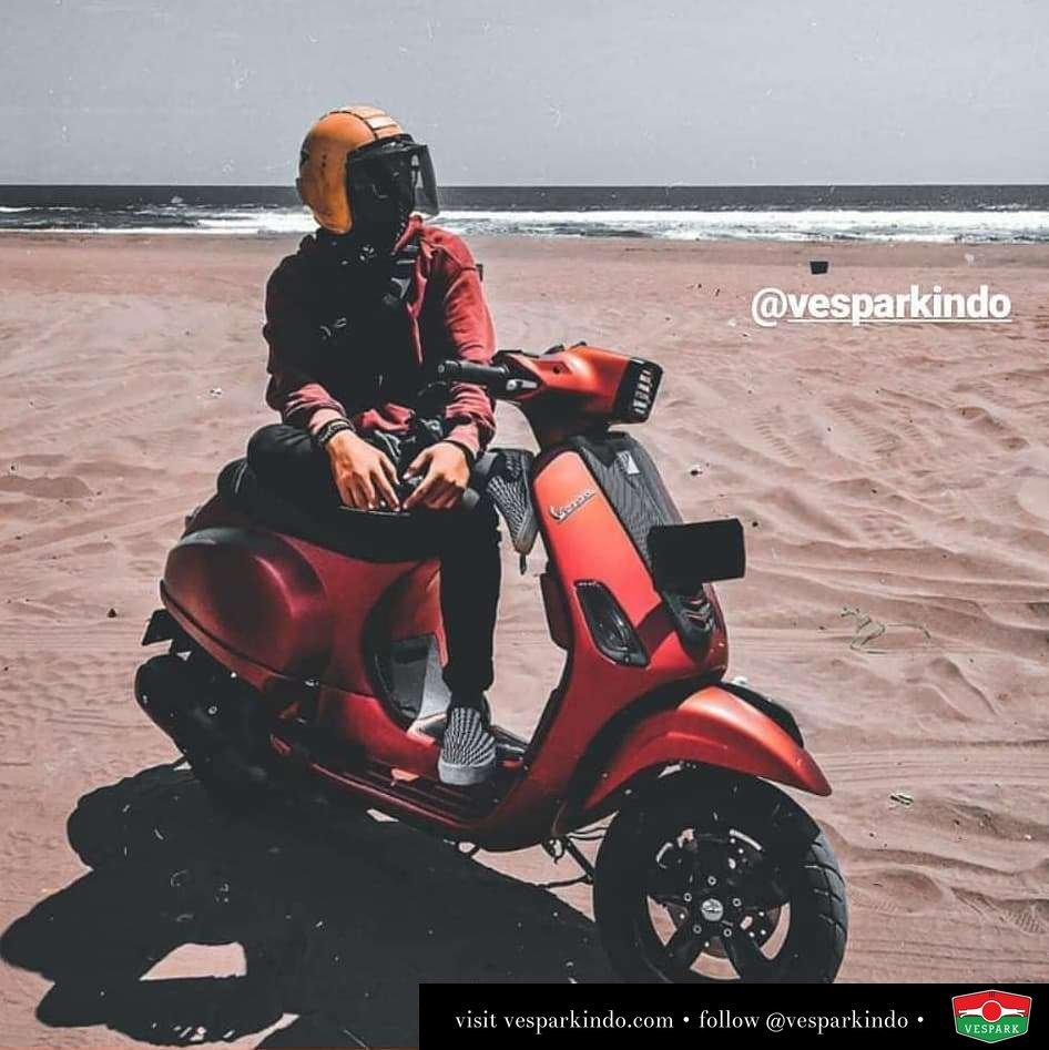 Vespa S matt red rider @eeedhodp