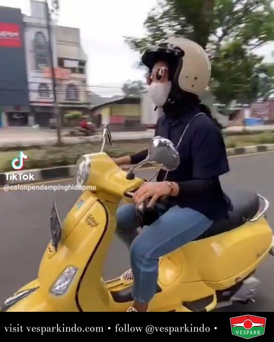 Ride with us!  Live More Ride Vespa Saatnya anda miliki scooter matic legendaris Vespa! @vesparkindo  Tersedia penawaran leasing/kredit menarik untuk semua tipe Vespa. Cek info di web, link di bio  Hubungi dealer resmi Vespark Piaggio Vespa Medan Sumut @vesparkindo untuk pesanan Medan, Aceh, Riau dan Sumut Dealer tetap buka selama liburan silakan WA 0815-21-595959 untuk appointment, jam buka dan DM utk brosur terbaru  Kunjungi: VESPARK: Piaggio Vespa 3S ShowPark Jln Prof HM Yamin No.16A (simpang Jln Jawa)  Medan Telp. 061-456-5454 Cek IG @vesparkindo   tiktok/calonpedampingmu