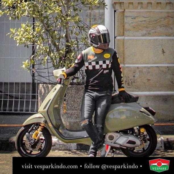 Avocado Vespa Sprint custom   Live More Ride Vespa Saatnya anda miliki scooter matic legendaris Vespa!  Geser untuk lihat genuine aksesoris Vespa @vesparkindo dan lihat sorotan utk paket promo aksesoris   Tersedia penawaran leasing/kredit menarik untuk semua tipe Vespa. Cek info di web, link di bio  Hubungi dealer resmi Vespark Piaggio Vespa Medan Sumut @vesparkindo untuk pesanan Medan, Aceh, Riau dan Sumut Dealer tetap buka selama liburan silakan WA 0815-21-595959 untuk appointment, jam buka dan DM utk brosur terbaru  Kunjungi: VESPARK: Piaggio Vespa 3S ShowPark Jln Prof HM Yamin No.16A (simpang Jln Jawa)  Medan Telp. 061-456-5454 Cek IG @vesparkindo   feature @punpunxsayna