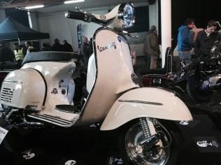 Vespa Custom Show 158190