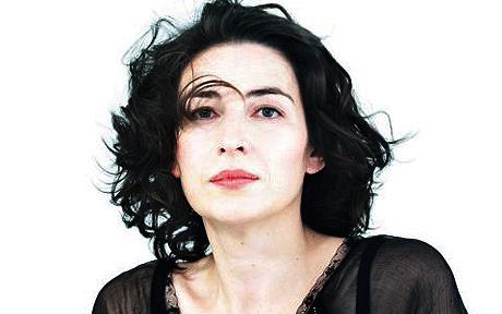 Véronique Gens, she sings like a goddess too!