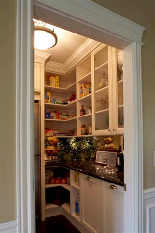 butler's pantry with refrigerator