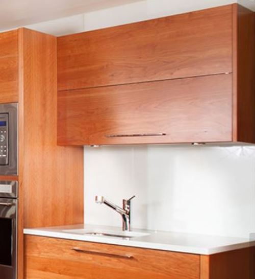 Horizontal wall cabinet that flip-up