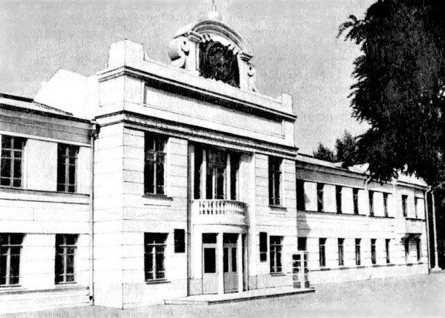 Здание старого АНД райсовета 1925 года постройки