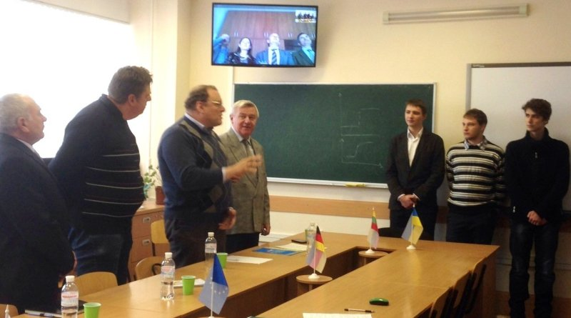 Магістри ДНУ отримають український і польський дипломи