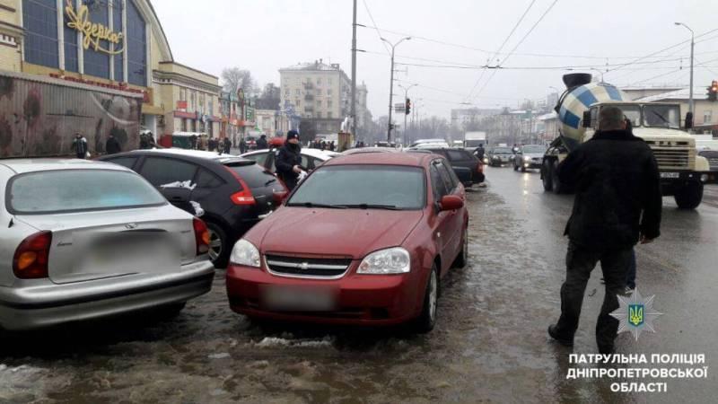неправильне паркування_Дніпро