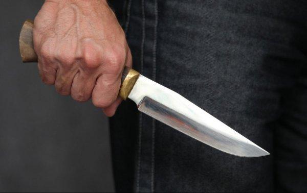 В Шайхантохуре предпринимателя пырнули ножом