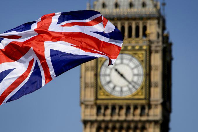 Мутант «короны» вырвался из Британии