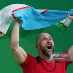 Узбекский чемпион триумфально вернулся на помост. Видео