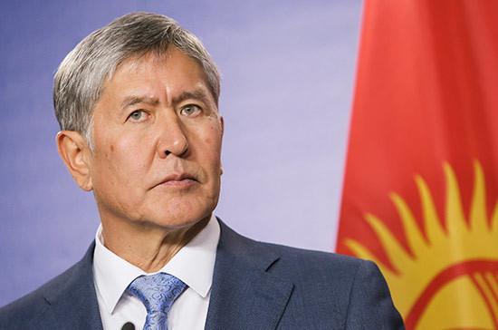 На Алмазбека Атамбаева «повесили» убийство спецназовца