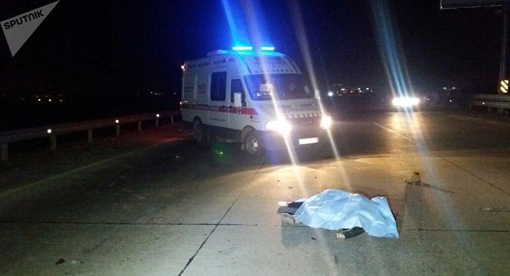 В Самарканде на ночной улице сбили трех студенток