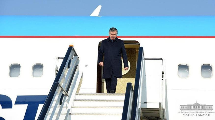 Шавкат Мирзиёев вылетел в Бухару
