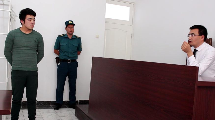 Студент Ташкентского колледжа осужден за грабеж