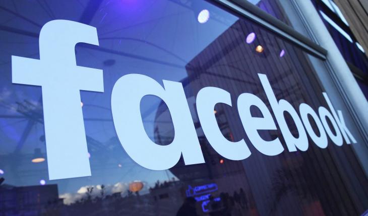 Facebook заканчивает игры в «свободу слова»