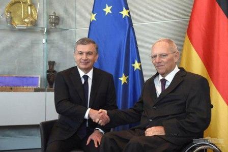 Президент встретился с главой Бундестага