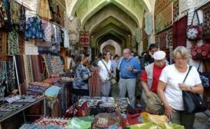 Чиновники посчитали траты интуристов в Узбекистане