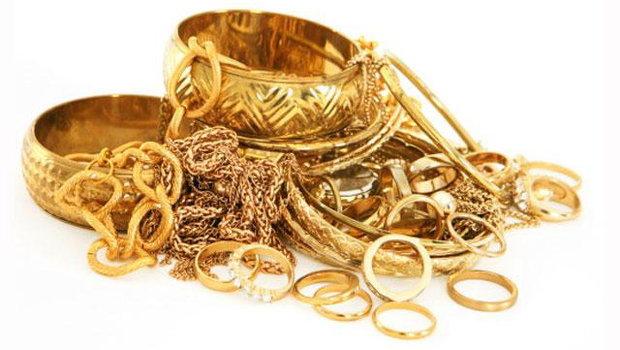 В Самарканде каршинка-официантка украла кило золота у хозяев
