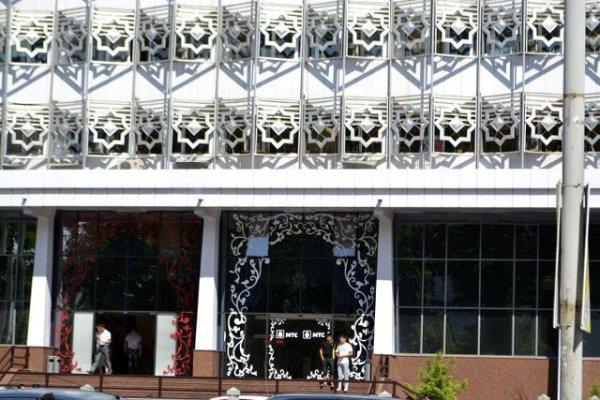 МТС заплатит американцам крупный штраф за взятки в Узбекистане