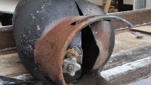 Ферганку разорвало взрывом газового баллона на кухне