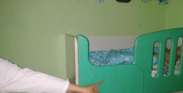 В Самарканде ребенок лишился пальца из-за воспитательницы ДОУ
