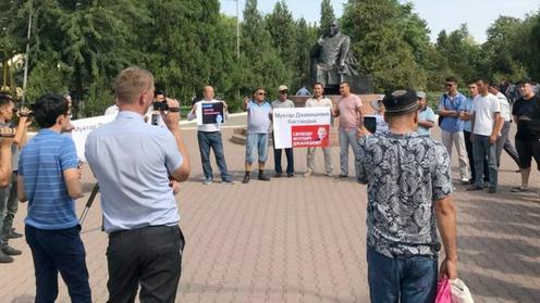 Политический митинг провели в Чимкенте