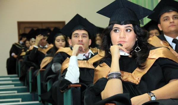 В Узбекистане диплом потерял престиж при приеме на работу