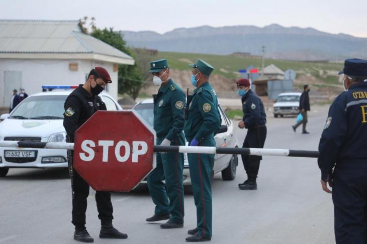 Узбекистан не снимет маску до 1 августа