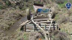 Пассажирки тракторного прицепа погибли в Бухаре