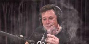 Глава SpaceX высмеял уголовное наказание за марихуану