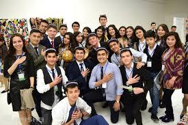 Президент Узбекистана учредил орден за воспитание патриотов