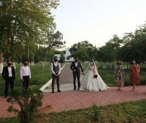 Узбекистанцам озвучили новые требования для свадеб и поминок
