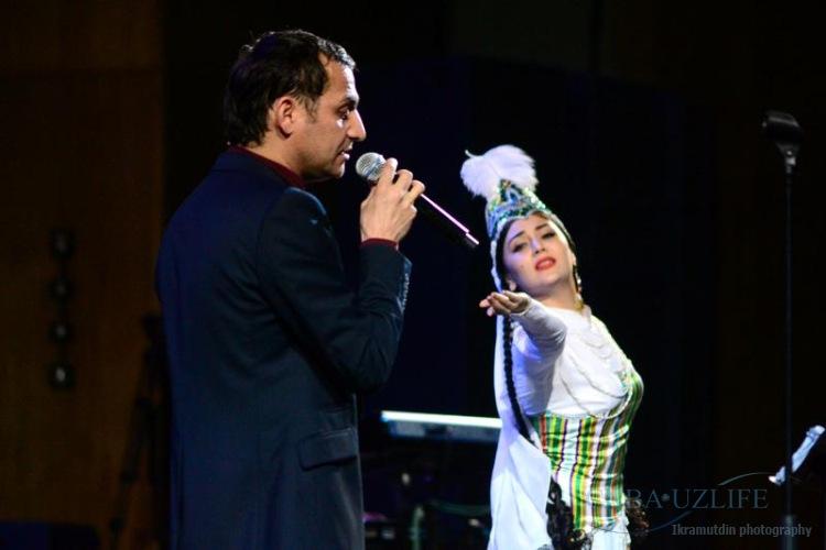Узбекский певец оскорбился «русской» фамилией