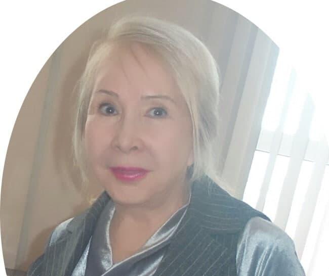 Узбекская поэтесса награждена медалью Бунина