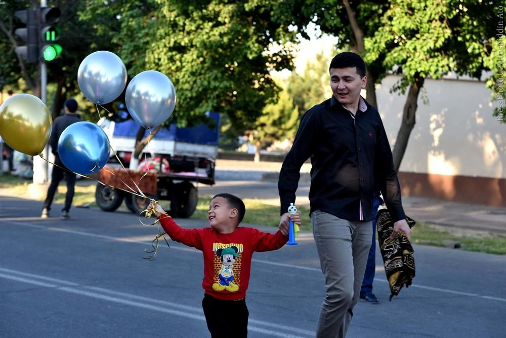 13 мая. Ташкент на утренней молитве. Фоторепортаж