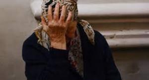 87-летнюю пенсионерку из-за квартиры избивали дочь и внучка в Ташкенте