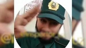 Парикмахер из Ташобласти получил 7 суток ареста за танец в милицейской форме