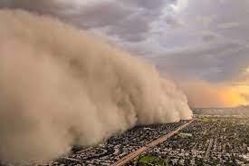 Пыльная буря надвигается на Узбекистан