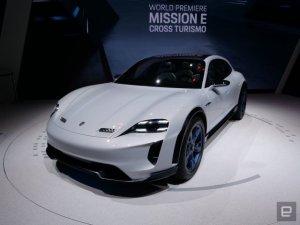 Porsche презентует электромобиль