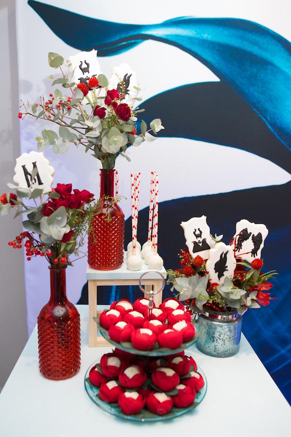 arranjo floral mesa de doces