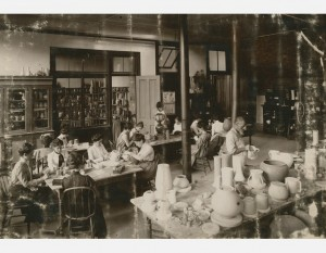 PotteryClass_Gardiner_Museum