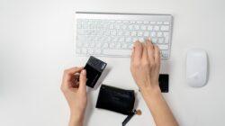keyboard and visa card