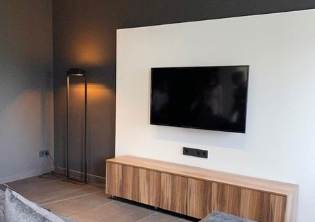 tv and shelves