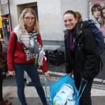 Fany et Pétronille de l'école de vétérinaires de Liège en Belgique, avec les dons de Game Vert, d'un vétérinaire à Sainghin en Mélantois et d'un autre à La Bassée (©AS Hourdeaux/Croix du Nord)