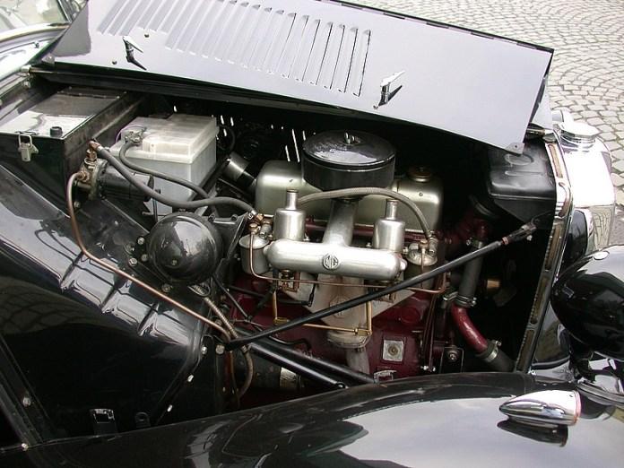MG T-Modell Motorraum