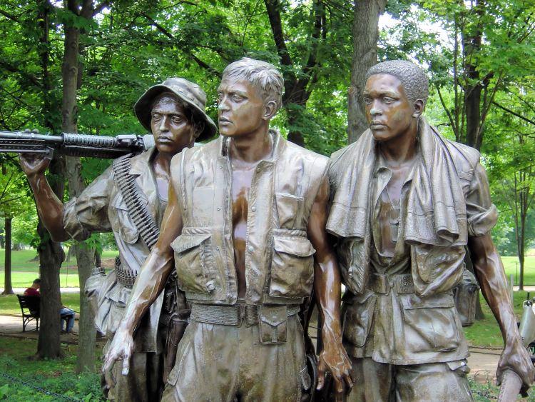 vietnam-soldiers-1425132