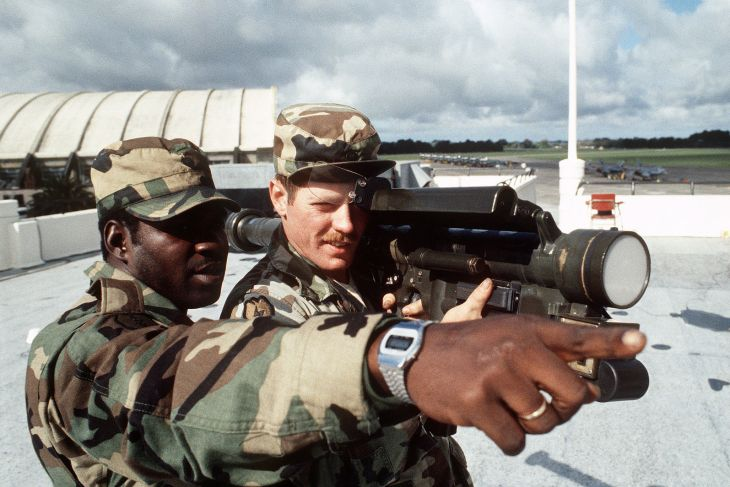 Members of the 25th Infantry Division aim a surface-to-air missile launcher. 24 September 1984. Author: MSGT David N. Craft